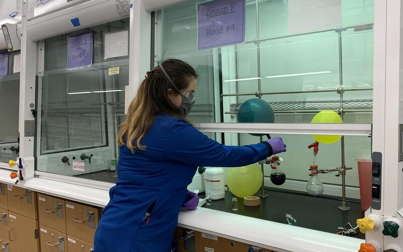 Handling Pyrophoric Reagents Station led by Student Volunteer